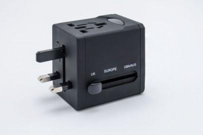 Reiseadapter Black Box | Foto: Tobias Freye